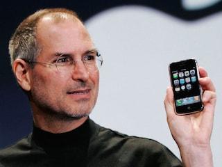 """Apple, ecco qual è il significato della """"i"""" di iPhone, iPad e iMac"""
