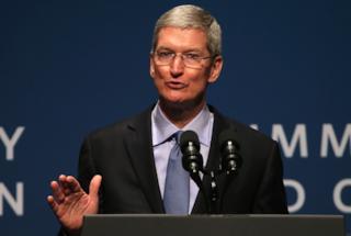 Apple non vale più mille miliardi, le polemiche su iPhone XR trascinano giù le azioni