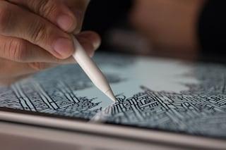 "iPad Pro, Jonathan Ive: ""Apple Pencil non sostituirà le dita"""