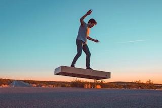 L'hoverboard di Ritorno al Futuro esiste (ma costa 20 mila dollari)