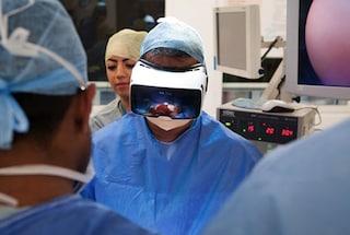 Regno Unito, un'operazione chirurgica sarà trasmessa in realtà virtuale