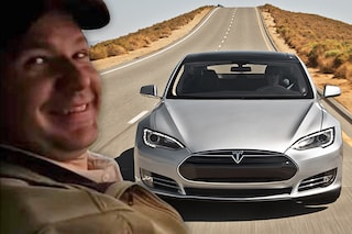 Usa, primo morto in una macchina Tesla: stava guidando con l'autopilota attivo