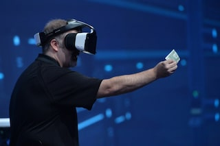 Intel Project Alloy, il nuovo visore per la realtà virtuale senza fili