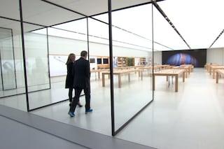 """Gli Apple Store cambiano nome: si chiameranno solo """"Apple"""""""