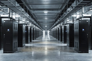 Mark Zuckerberg pubblica le foto dei data center di Facebook