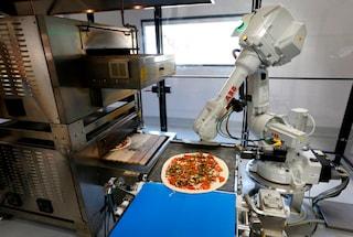 Con il robot pizzaiolo la pizza arriva a casa appena sfornata