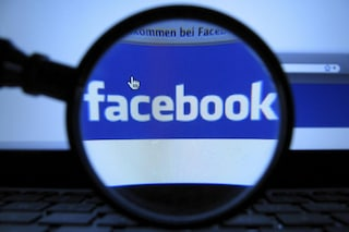 Facebook elimina i gruppi in cui si condivide musica pirata