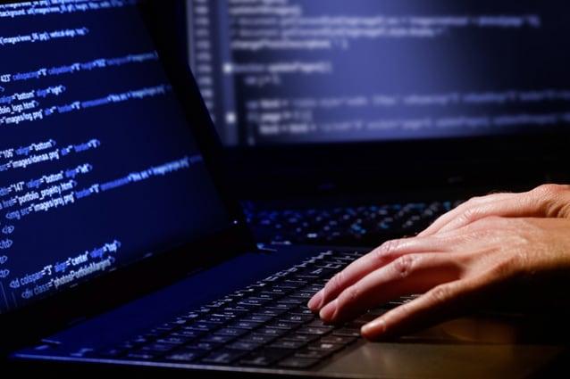 hacker-attacco-informatico