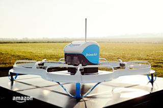 Amazon Prime Air, effettuata la prima consegna con un drone
