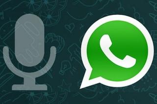 Virus di Natale, attenzione ai falsi messaggi vocali WhatsApp: nascondono un virus