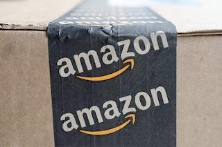 Amazon ha brevettato un braccialetto che monitora i dipendenti