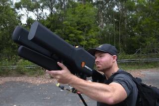 DroneGun, la pistola anti-drone: ecco come funziona