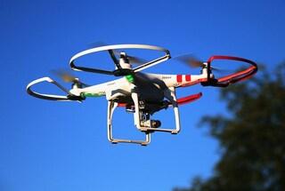 Esercito, laser e cecchini: perché nessuno è riuscito a fermare due droni in un aeroporto