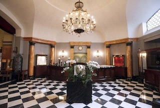Una startup italiana assume due persone per dormire negli hotel di lusso: ecco come candidarsi