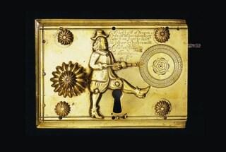 Altro che lucchetti intelligenti: questa serratura del 1680 è uno spettacolo (ed è anche sicura)