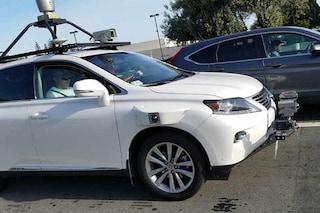 Avvistata la prima auto a guida autonoma Apple