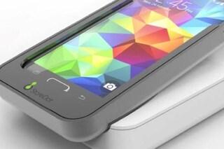 Questo smartphone si ricarica in 5 minuti e arriverà nel 2018