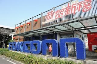 Foxconn ha impiegato centinaia di minorenni per costruire Amazon Echo anche di notte