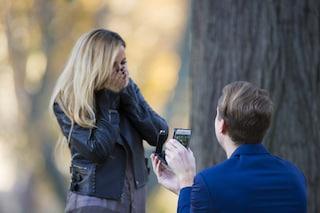RokShok, la custodia per smartphone che nasconde un anello di fidanzamento