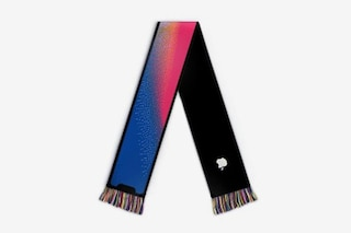 L'iPhone X ora si può indossare: con questa sciarpa avrete lo smartphone sempre al collo