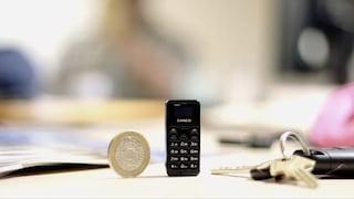 Tiny, il cellulare più piccolo del mondo è alto 4,67 centimetri