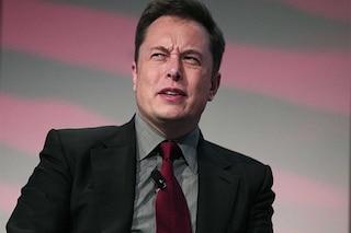Elon Musk vuole conquistare Marte, ma twitta la foto della luna
