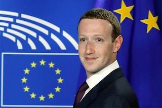 Mark Zuckerberg chiede scusa davanti al Parlamento Europeo, ma non risponde a molte domande