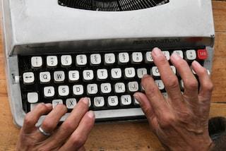 Un attacco informatico ha costretto una città ad usare le macchine da scrivere