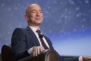 Cosa dice la canzone su Jeffrey Bezos, il tormentone sul CEO di Amazon che spopola su TikTok