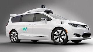 Waymo lancerà a dicembre il primo servizio di taxi senza conducente