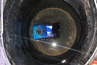 Uno smartphone Huawei Mate 20 ha preso fuoco spontaneamente