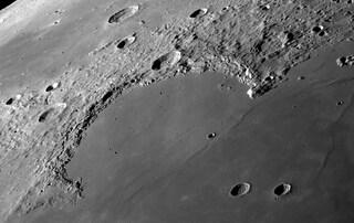 C'è una copia di Wikipedia sulla Luna: ecco come ci è finita