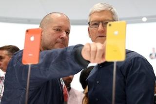 Jony Ive lascia Apple: è la fine di un'era per il design della mela morsicata