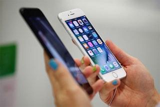 I nuovi smartphone non piacciono più, gli utenti li cambiano ogni 3-5 anni