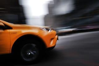 A Parigi questo dispositivo multa automaticamente le auto più rumorose
