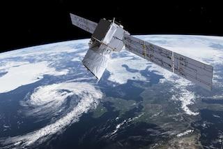 Perché un satellite di SpaceX ha rischiato di schiantarsi con uno dell'Agenzia Spaziale Europea