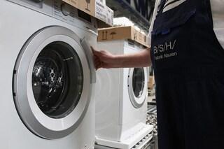 Gli elettrodomestici inquineranno meno e saranno più riparabili: l'UE lancia nuove regole
