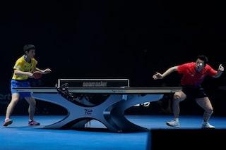 Questo tavolo da ping pong genera elettricità dagli impatti della pallina