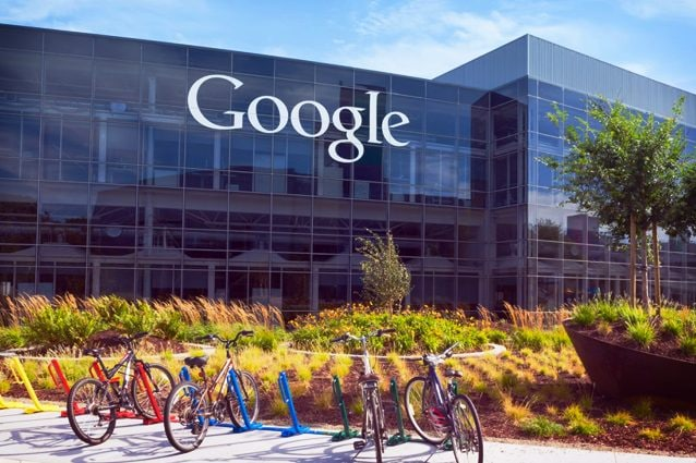 Google, Alphabet vola a Wall Street: vale più di 1.000 miliardi di dollari