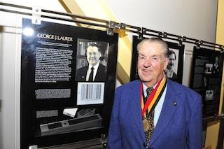 Addio a George J. Laurer, è morto a 94 anni l'inventore del codice a barre