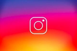 """Instagram usa la fotocamera dello smartphone anche con l'app chiusa: """"È un bug"""""""