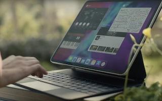 Apple ha presentato (a sorpresa) il nuovo iPad Pro: 3 fotocamere, trackpad e tastiera