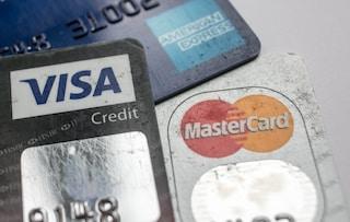 """""""Bloccate i pagamenti verso i siti pornografici"""": la lettera alle società di carte di credito"""