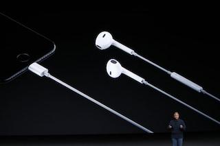 I prossimi iPhone potrebbero non avere cuffie e caricatore nella scatola