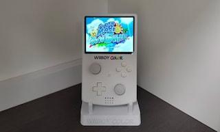 Questo Game Boy è in realtà una Wii portatile: l'opera di uno YouTuber