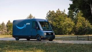 Da oggi Amazon ha un furgone elettrico per le consegne: saranno 100mila nel 2030