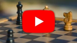 """YouTube gli blocca il video perché parla di """"bianchi"""" e """"neri"""", ma stava giocando a scacchi"""