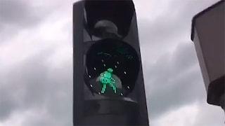 A Rotterdam i semafori suonano i Måneskin