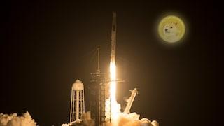 Dogecoin fino alla Luna: Elon Musk manderà in orbita un satellite pagato con la criptovaluta