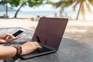 Il mare, un terrazzo e un computer: ecco il lavoro agile 3.0